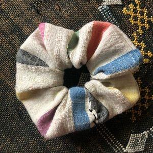 ace&jig mini scrunchie in Prism